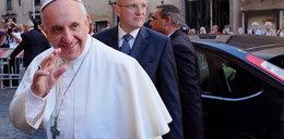 Papież sam będzie jeżdził autem!
