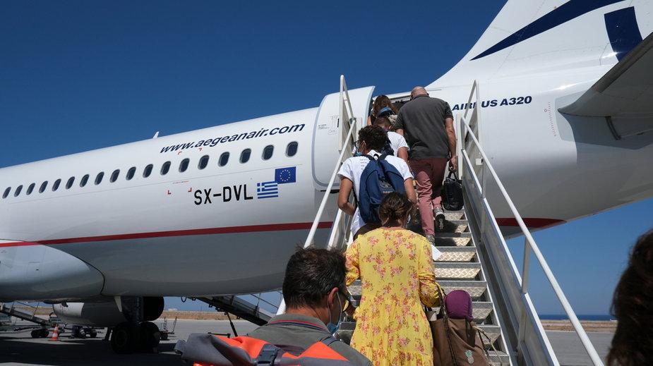 Grecja: mimo jesieni turyści wciąż licznie odwiedzają wyspy
