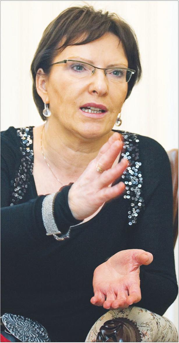 Ewa Kopacz, minister zdrowia, absolwentka Wydziału Lekarskiego Akademii Medycznej w Lublinie. Posiada specjalizację pierwszego stopnia z pediatrii i specjalizację z medycyny rodzinnej. Od 2001 roku poseł PO Fot. Wojciech Górski