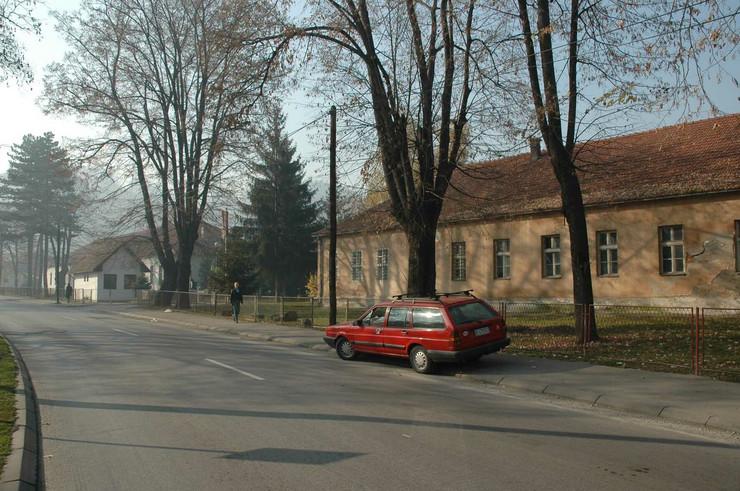 Kasarna Kadinjaca, Valjevo