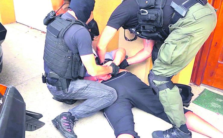 hapsenje zandarm illustracija foto anadolu