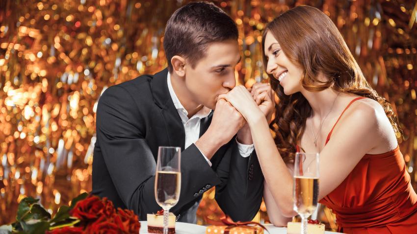 jak długo randki do zaręczyn duży serwis randkowy znajomych