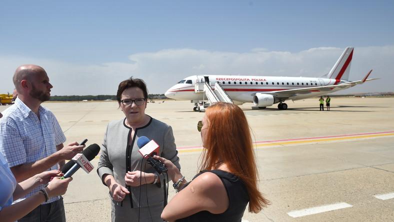 Ewa Kopacz na lotnisku w Madrycie