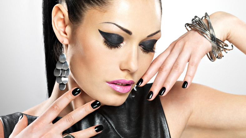 Jaki manicure będzie modny w karnawale 2017?