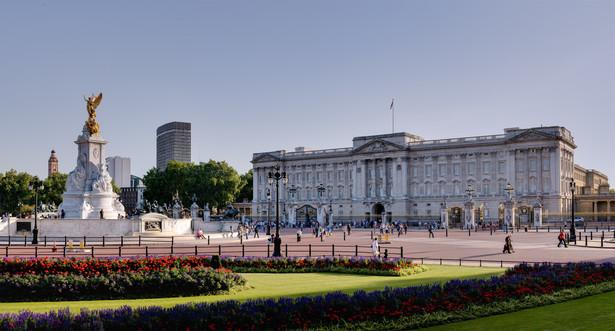 Pałac Buckingham podkreślił, że mąż Elżbiety II jest patronem lub członkiem ponad 780 organizacji, z którymi nadal będzie powiązany, ale nie będzie angażował się w ich działalność.