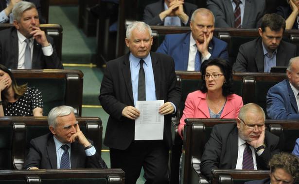 """W ocenie Protasiewicza, do posłów PiS """"nie docierają żadne argumenty: ani ekspertów międzynarodowych, ani autorytetów prawniczych""""."""
