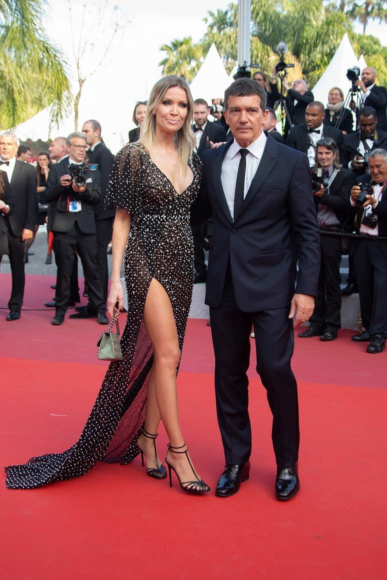 Antonio Banderas sa devojkom Nikol