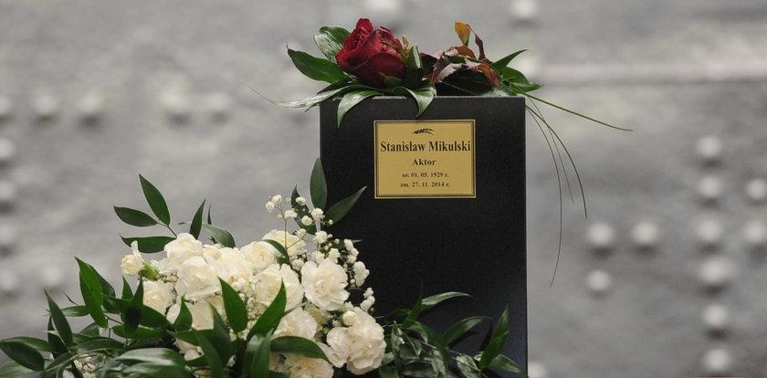 Wzruszenie i łzy na pogrzebie wspaniałego aktora