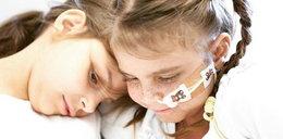 Siostry zabija tajemnicza choroba. Nikt nie wie, co im jest