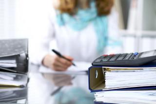 Spółka komandytowa podatnikiem CIT: Co z ulgą na złe długi?