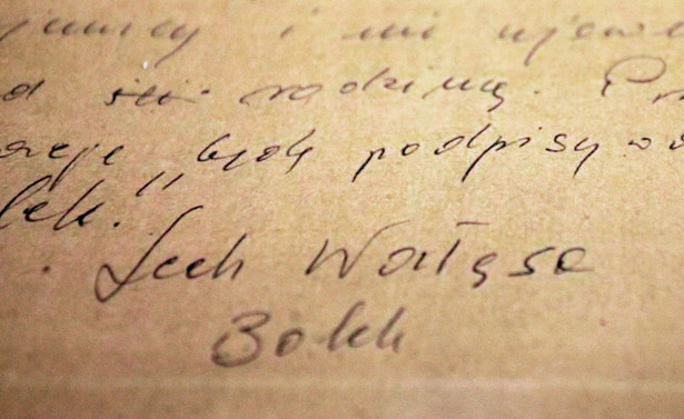 Podpis Lecha Wałęsy na dokumentach