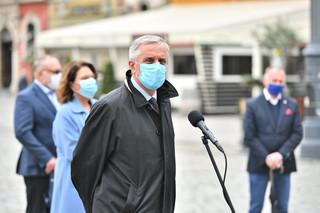 Prezydent Wałbrzycha: Naszą uchwałą ws. obowiązkowych szczepień uderzyliśmy w alarmowy dzwonek