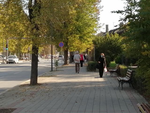 Stariji građani se pridržavaju mera