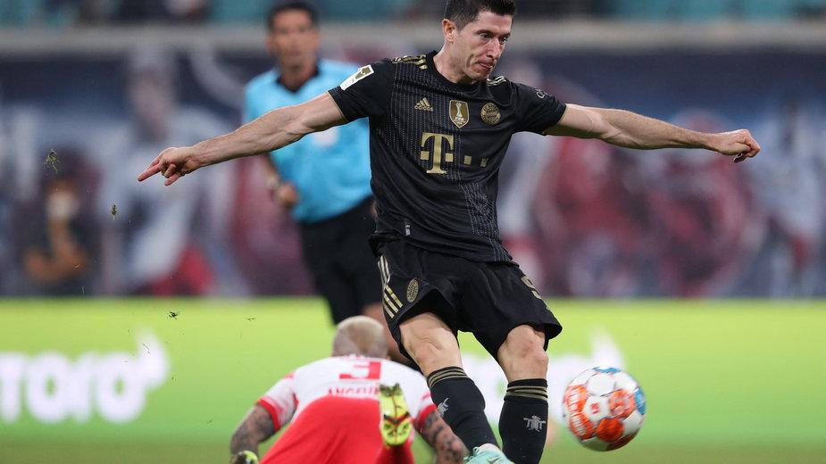 Robert Lewandowski nie może liczyć na tak ogromne zarobki, jak Leo Messi, czy Cristiano Ronaldo