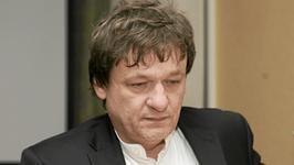 Piotr Tymochowicz pochwalił się przyszłą żoną, młodszą o 34 lata. Jak wygląda jego wybranka?
