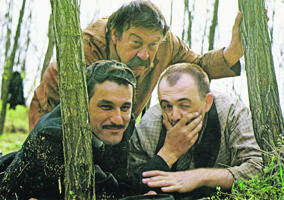 Ko to tamo peva, Dragan Nikolić, Pavle Vuisić, Aleksandar Berček