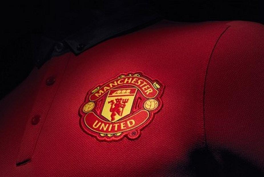 Herb Manchesteru United na koszulce