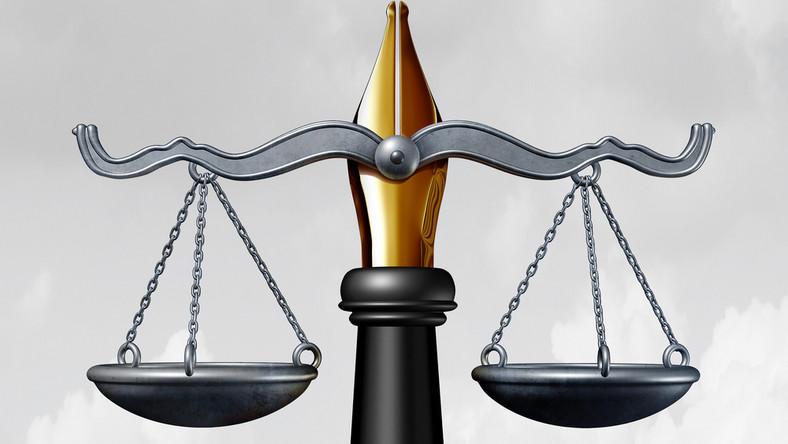 sąd prawo własność intelektualna prawa autorskie fot. shutterstock