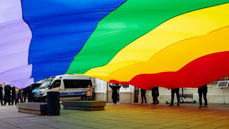 Hostel dla osób LGBT+ w Warszawie może zacząć działać od kwietnia