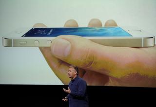 """Wielkie premiery Apple'a: iPhone 5S i """"tańszy iPhone"""" zaprezentowane!"""