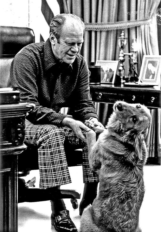 Džerlad Ford i njegova keruša Liberti, osim nje imao je i sijamsku mačku koja mu je pravila društvo u rezidenciji