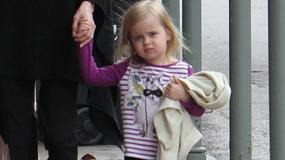 4-letnia córka Angeliny Jolie i Brada Pitta zarabia 3 tysiące dolarów tygodniowo