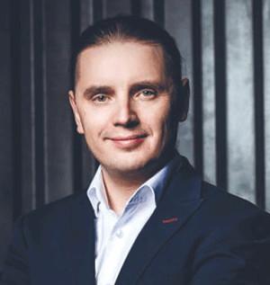 KAMIL CIUKSZO - Prezes zarządu - Alterdata.io. Cyfrowa transformacja to znacznie więcej niż same technologie. To raczej zmiana modelu biznesowego, który uwzględnia wykorzystanie możliwości technologii do uzyskania przewagi konkurencyjnej przedsiębiorstwa