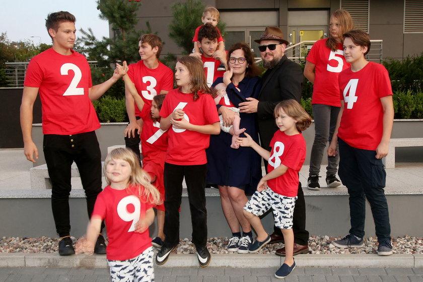 Debora i Joszko Brodowie oraz ich 11 dzieci