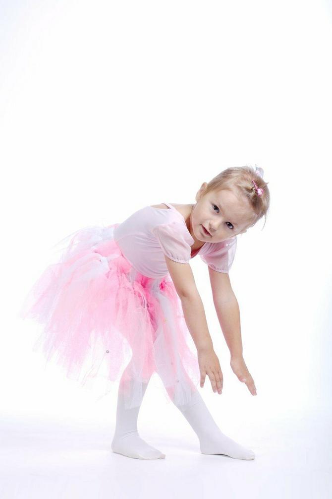 Balet podstiče prirodnu sklonost ka kretanju, razvija usmeravanje pažnje kod dece