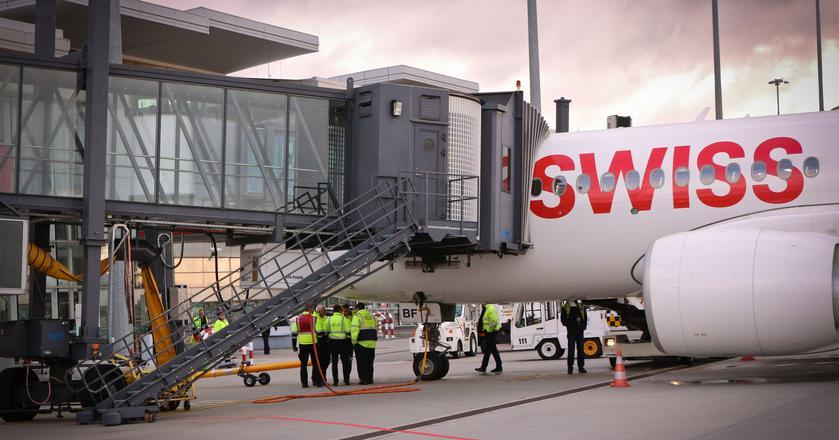 Lotnisko we Wrocławiu w 2017 roku obsłużyło 2,85 mln pasażerów. Uruchomiło bezpośrednie połączenia do Zurychu, wkrótce zainauguruje loty do Paryża