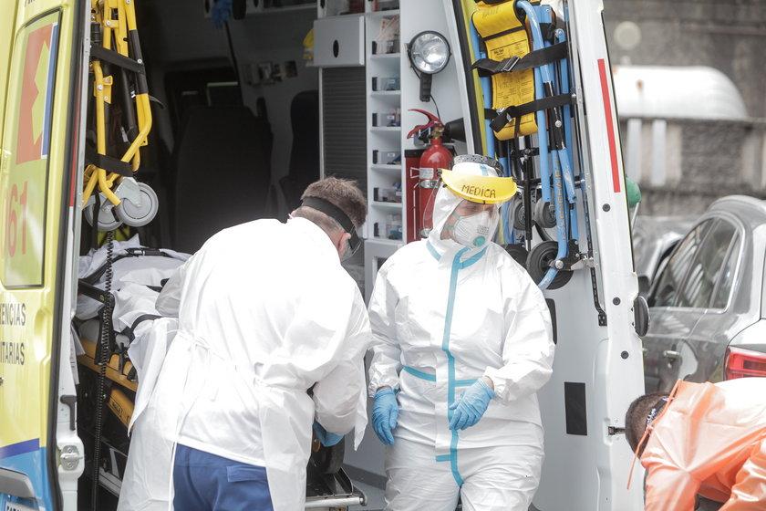 Pandemia COVID-19 pochłonęła już ponad 2 miliony ludzi