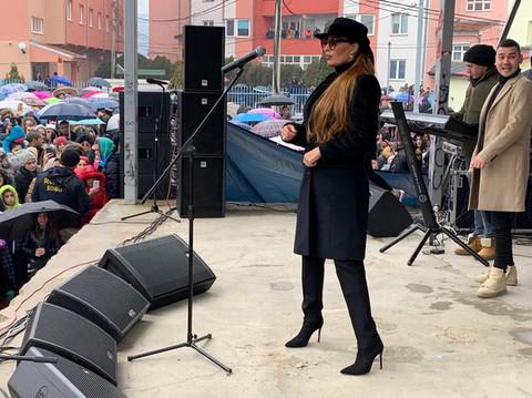 Ceci poručili da ostane na Kosovu, a njen ODGOVOR je sve oduševio! VIDEO