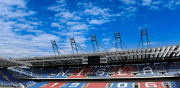 Policja przeszukała stadion Wisły. Dziewięciu kiboli zatrzymanych