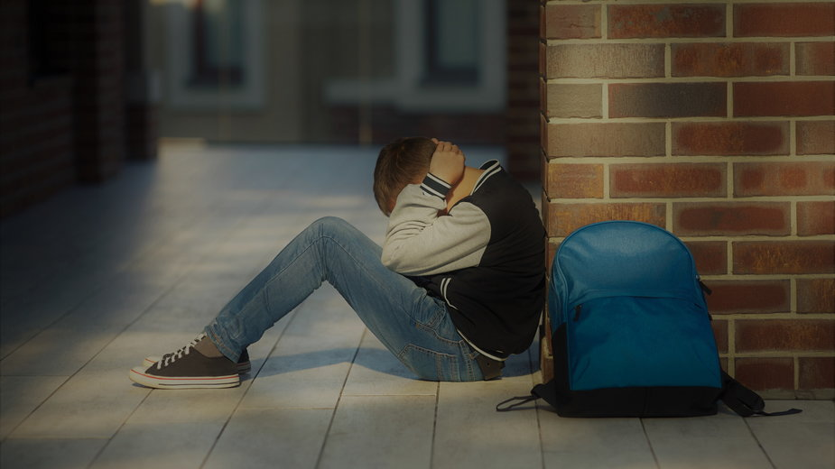 Połowa szkół w Polsce nie zatrudnia na etacie psychologa ani pedagoga