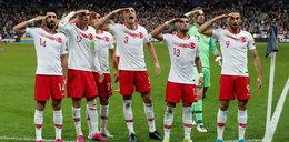 Demony narodowej piłki nożnej. Na stadiony wkracza polityka