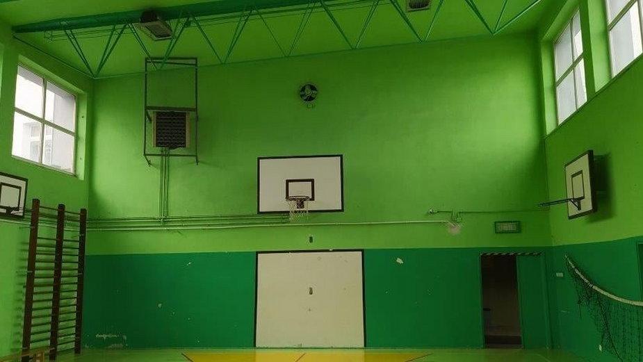 Urząd marszałkowski przekazał 70 tys. dotacji na remont sali gimnastycznej przy szkole w Ozorkowie