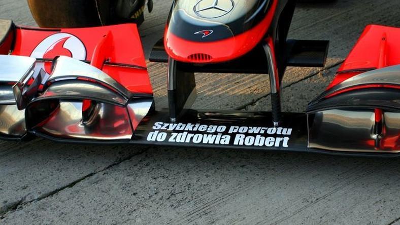 Życzenia dla Kubicy na bolidzie teamu McLaren