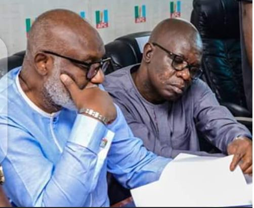 Deputy Governor Agboola Ajayi (right) hopes to defeat Governor Rotimi Akeredolu (left) in the October 10 governorship election after recently defecting to the PDP [Sahara Reporters]