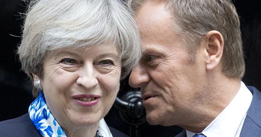Funt reaguje na każdą wiadomość dotyczącą wyborów w Wielkiej Brytanii