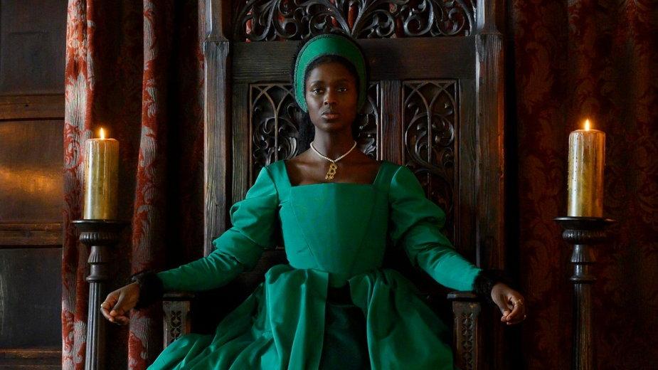 """Pierwszy zwiastun serialu """"Anna Boleyn"""" z Jodie Turner-Smith"""
