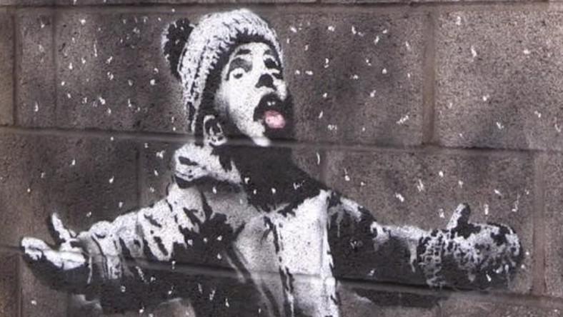 Nwe graffitti od Banksy'go