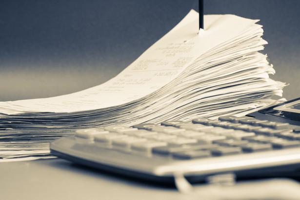 Chodzi o stopniowe wdrażanie od 2019 r. obowiązku stosowania kas fiskalnych online