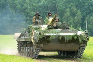 """""""Zabłąkani"""" u granic NATO. Siły Łukaszenki mogą wejść na terytorium Litwy podczas Zapadu-2021"""
