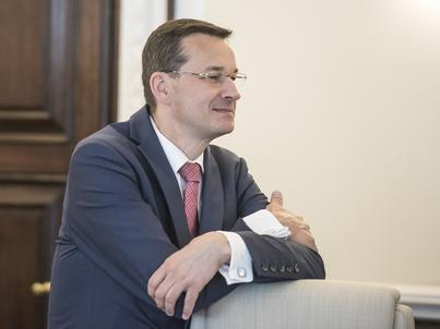 Wicepremier Morawiecki prognozuje nie tylko 150 mld zł wpływów z VAT, lecz także większe wpływy z CIT