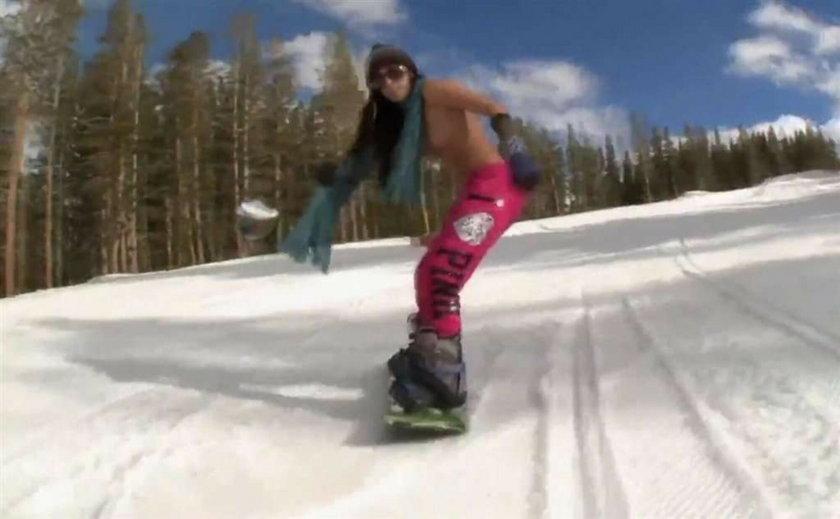 Gołe snowboardzistki