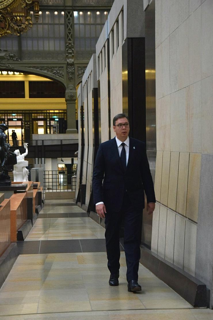 Aleksandar Vučić Pariz Promo
