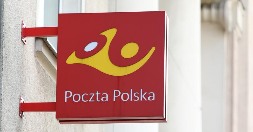 Poczta Polska poszerza możliwości płacenia kartą za jej usługi i produkty. Wkrótce będzie to możliwe również u kuriera