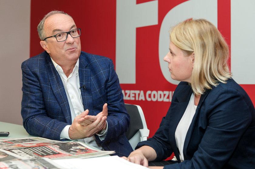WLODZIMIERZ CZARZASTY W REDAKCJI FAKT FOT KRZYSZTOF BURSKI/NEWSPIX