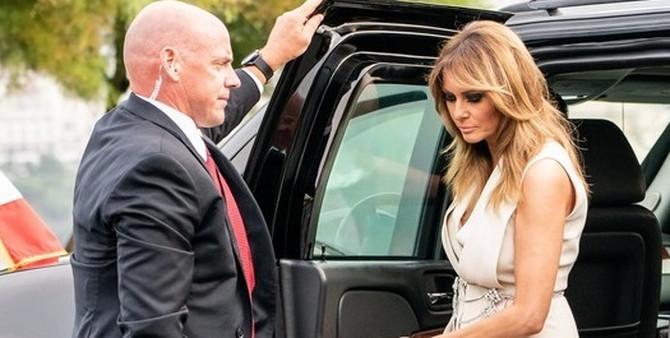 Melanija Tramp na putu za Francusku
