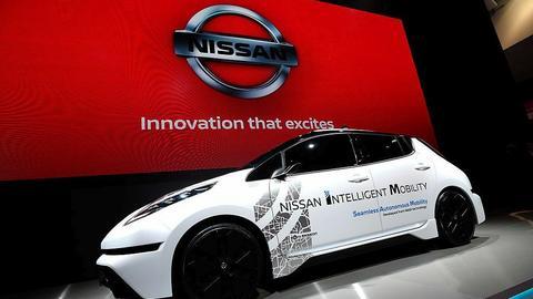 Nissan Leaf z systemem autonomicznej jazdy